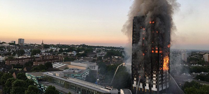 Grenfell Tower en flamme